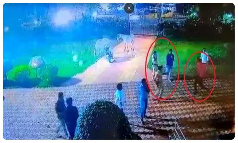 'Drunk' Man attacks police in Vizag, విశాఖలో తాగుబోతు వీరంగం.. కత్తితో పోలీసులపై దాడి!