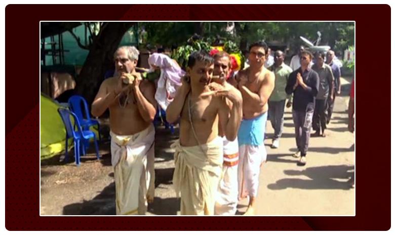 TSRTC Strike Continues on Fifth Day, కొనసాగుతున్న ఆర్టీసీ సమ్మె.. మరోసారి చర్చలకు సిద్ధమైన జేఏసీ
