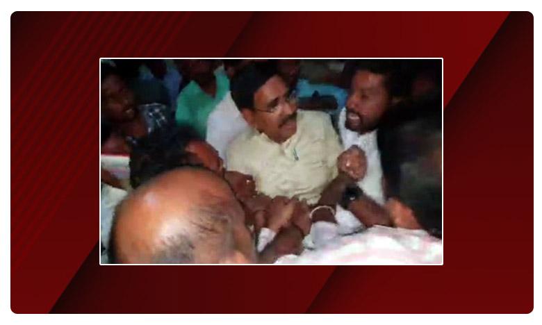 TDP Leader Narayana Faced Bad Experience, టీడీపీ నేత నారాయణపై స్టూడెంట్స్ దాడి..ఉద్రిక్తత