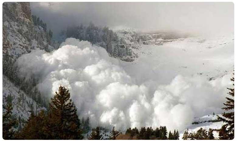 avalanche near the Annapurna mountain range Nepal, నేపాల్లో భారీగా హిమపాతం.. సహాయక చర్యలు ముమ్మరం!