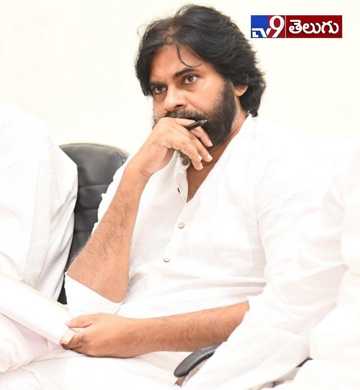 Jana Sena president and actor Pawan Kalyan, జనసేన పార్టీ విస్తృత సమావేశం
