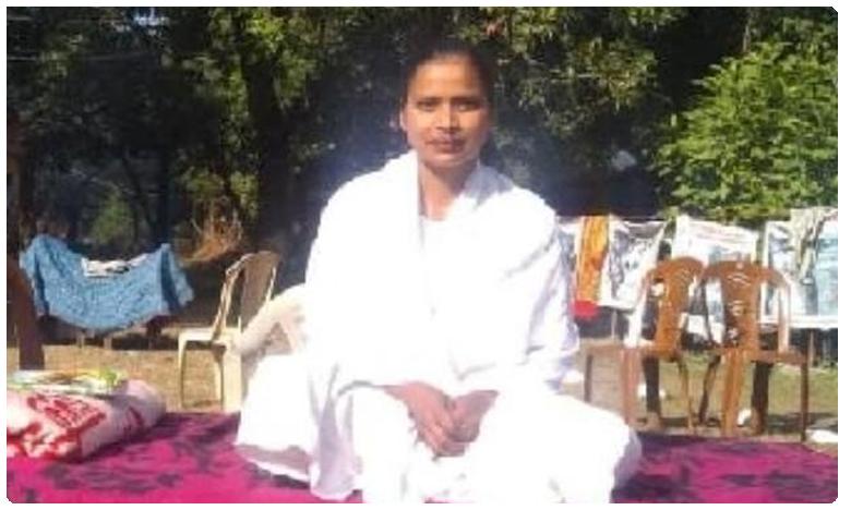 Nitish Kumar writes to PM about Bihar ascetic on fast over Ganga rejuvenation, మోదీజీ.. ఆ సాధ్వి ఆరోగ్యం క్షీణిస్తోంది.. ఓ సారి చూడండంటూ నితీష్ లేఖ..!
