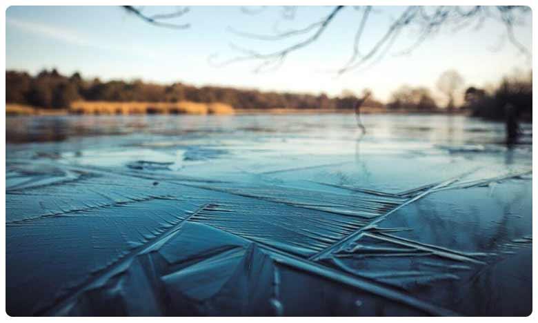 Man falls into frozen Mississippi river, blames Google Maps, గూగుల్ మ్యాప్ని గుడ్డిగా నమ్మి.. గడ్డకట్టిన నదిలో పడ్డ యువకుడు!