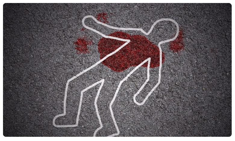 Murder in Telangana, Breaking: సూర్యాపేటలో దారుణం.. మాజీ సర్పంచ్ దారుణ హత్య..!