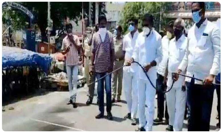 Three militants killed in encounter with forces in jammu kashmir, కాశ్మీర్లో ముగ్గురు మిలిటెంట్ల హతం.. స్థానికులను వీడని భయం